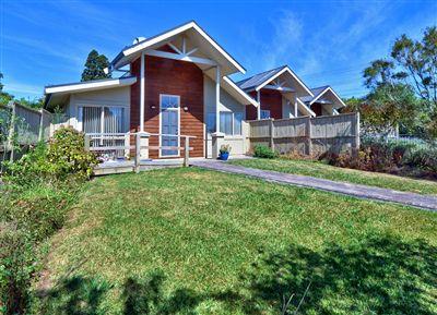 5 Woodbank Drive, Glen Eden-17-3-13-385,000